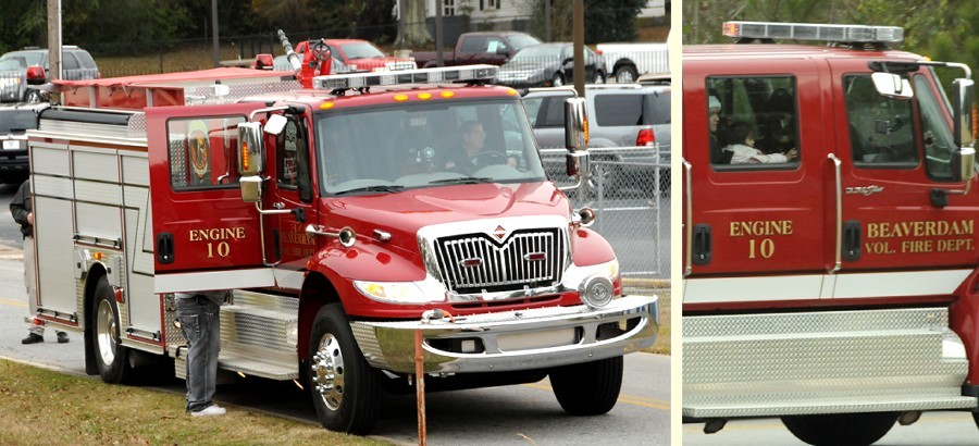 12 December 2009 Smokey Road Parade: The Famous Beaverdam Rescue Pumper, Engine 10